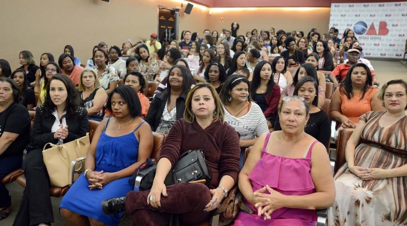 A Secretária de Estado de Trabalho e Desenvolvimento Social, Rosilene Rocha participa da formatura Pronatec/FIC Mulheres Mil. Data: 08-08-17 Local: Auditório da OAB  Foto: Omar Freire/Imprensa MG